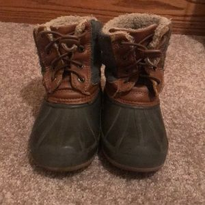 Other - Boys duck boots